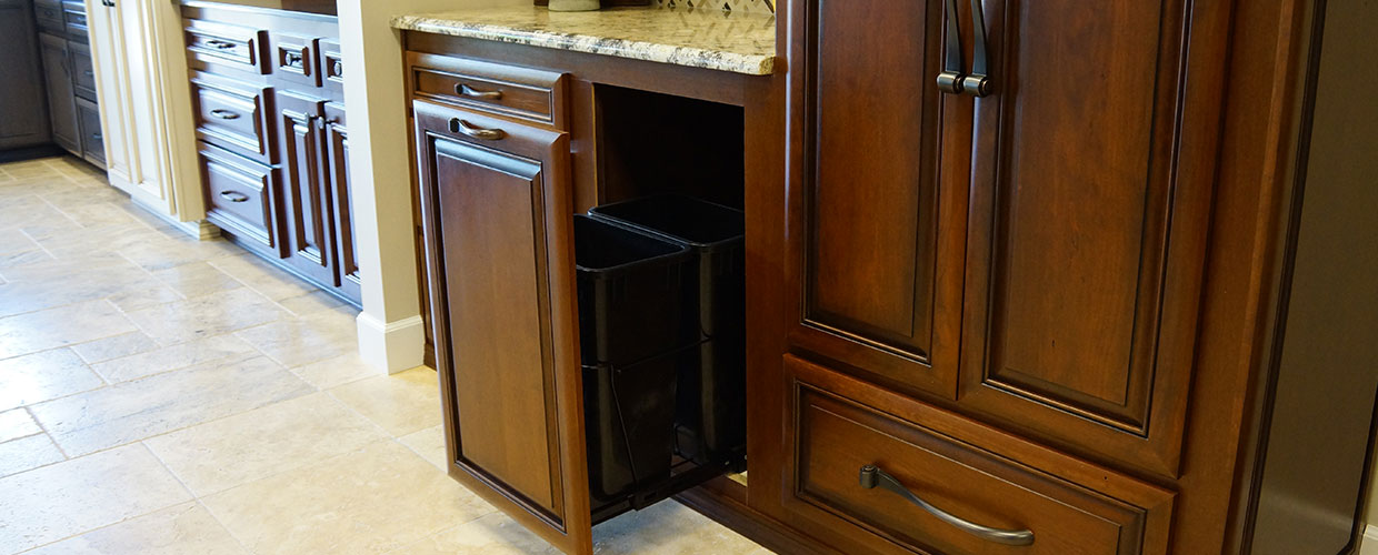 Pull-Out-Cabinet-Refacing