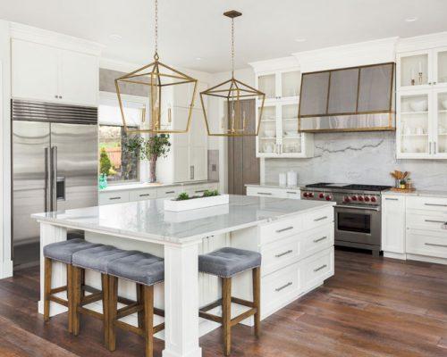 Minimalist Style Kitchen - White Refacing